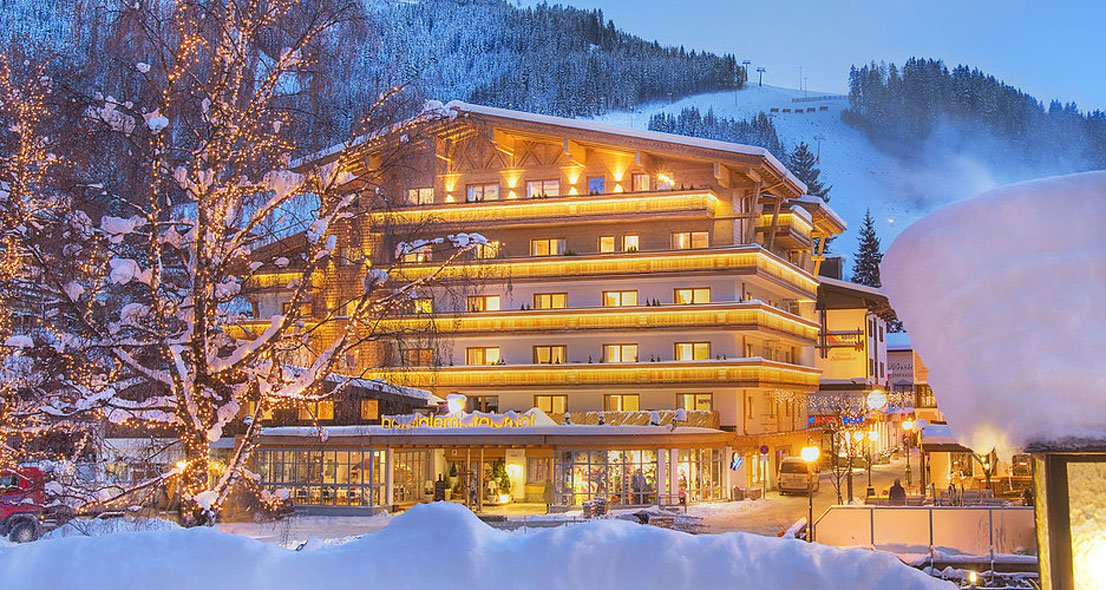 Saalbach Hinterglemm  Sterne Hotel